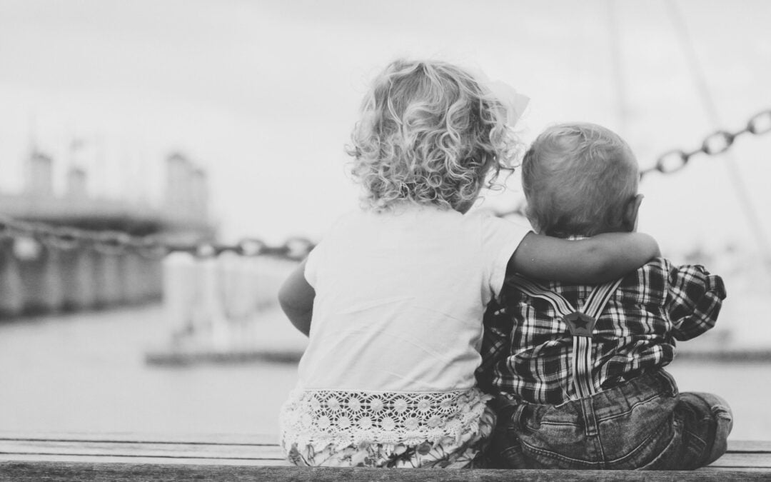 Kilka doświadczeń, jak umocnić więź z rodzeństwem